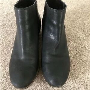 Women's size 8, Lucky Brand booties, boots, Black